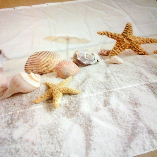 Занавеска для ванной с декором плитки Belani frezia ракушка