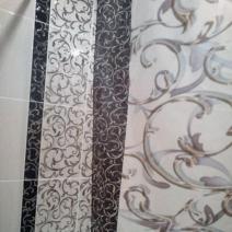 Шторка для ванной с декоративными элементами плитки InterCerama Fantasia