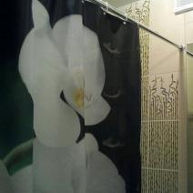 Штора для ванной с цветами Лилий